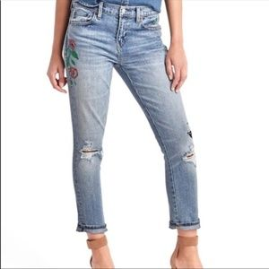 Gap Best GF Distressed Embroidered Jeans - Size 25